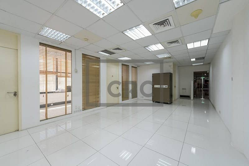 Fitted office in Bur Dubai/ Bank Street
