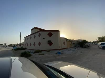 5 Bedroom Villa for Sale in Al Ghafia, Sharjah - House for sale in Al Ghafia area/ Sharjah / The house is on a corner and very clean