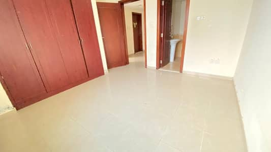 2 Bedroom Apartment for Rent in Al Nahda, Sharjah - CHILLER FREE WITH PARKING FREE 30 DAYS FREE NEAR DUBAI SHARJH BORDER 35K ONLY