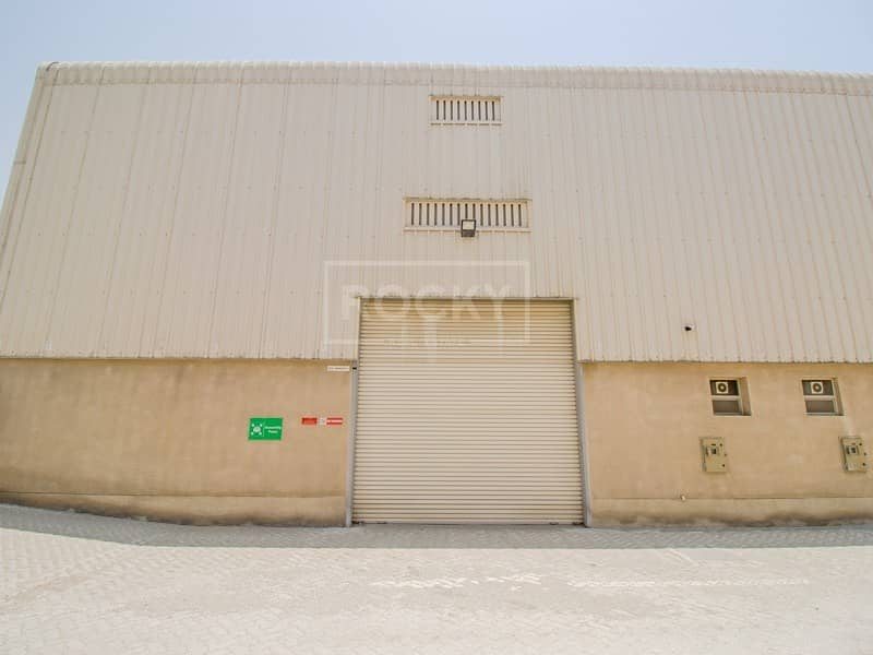 31 with Mezzanine | Warehouse for rent | Jebel Ali