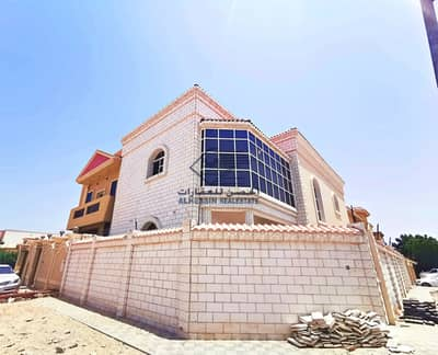 5 Bedroom Villa for Sale in Al Mowaihat, Ajman - Owns a super deluxe finishing villa with bank financing without down payment and large bank facilities