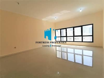3 Bedroom Apartment for Rent in Tourist Club Area (TCA), Abu Dhabi - Stunning 3BHK Modern Queens Lander Style Apartment