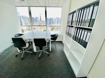 مکتب  للايجار في الدانة، أبوظبي - Ready To -Move- In On Demand Workspace At AED 15000 & Up