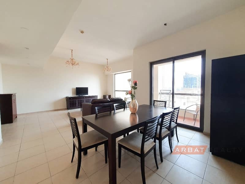 Bright and spacious apartment |Best deal