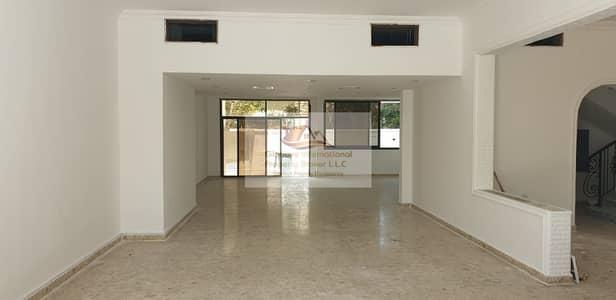 فیلا 4 غرف نوم للايجار في الخالدية، أبوظبي - Awesome 4BR Villa w/ Garden in Khalidiya Street