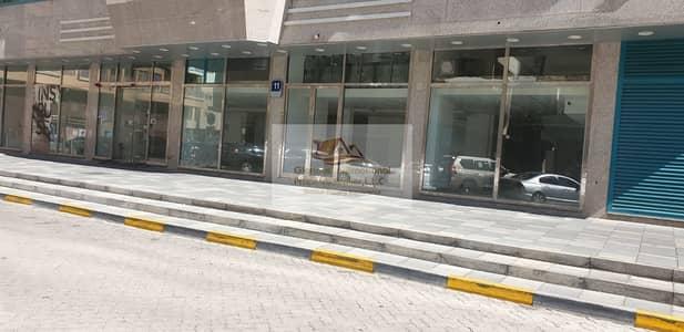 معرض تجاري  للايجار في شارع السلام، أبوظبي - Good Location! Ready to Move Showroom