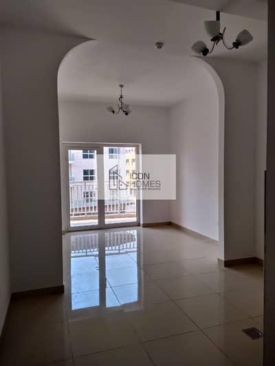 استوديو  للايجار في قرية جميرا الدائرية، دبي - Well Maintained Studio with Balcony | 1 Month Free | Covered Parking