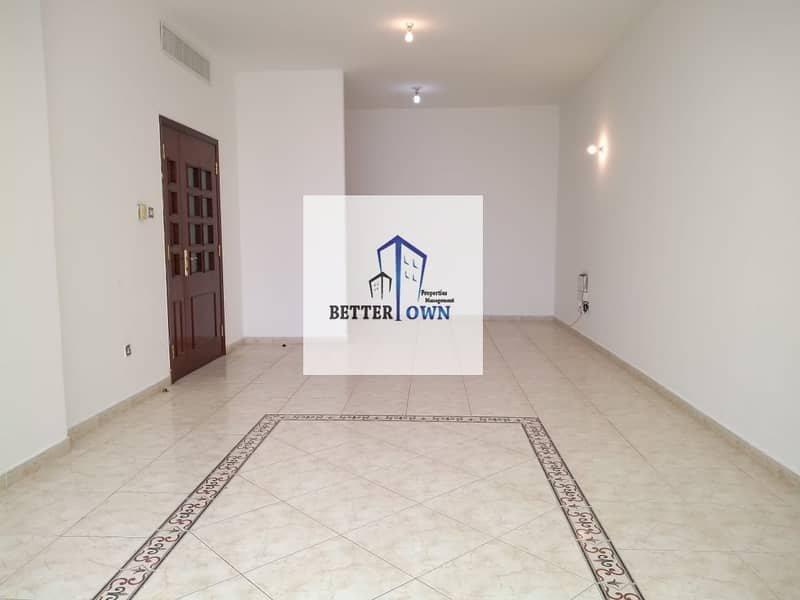 AMAZING HUGE Apartment with 3 Bedrooms 3 Bathrooms in Al Falah Street
