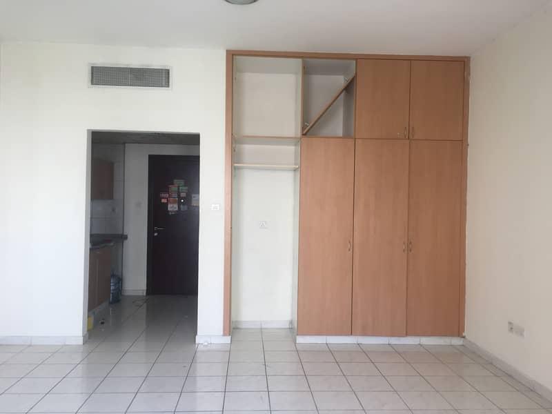 15000/  Studio for rent in Italy cluster