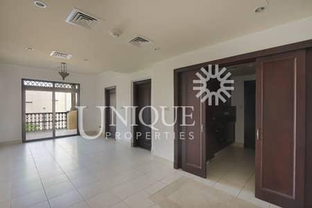 فلیٹ 1 غرفة نوم للايجار في المدينة القديمة، دبي - Prime Location| Burj Khalifa View| Chiller Free