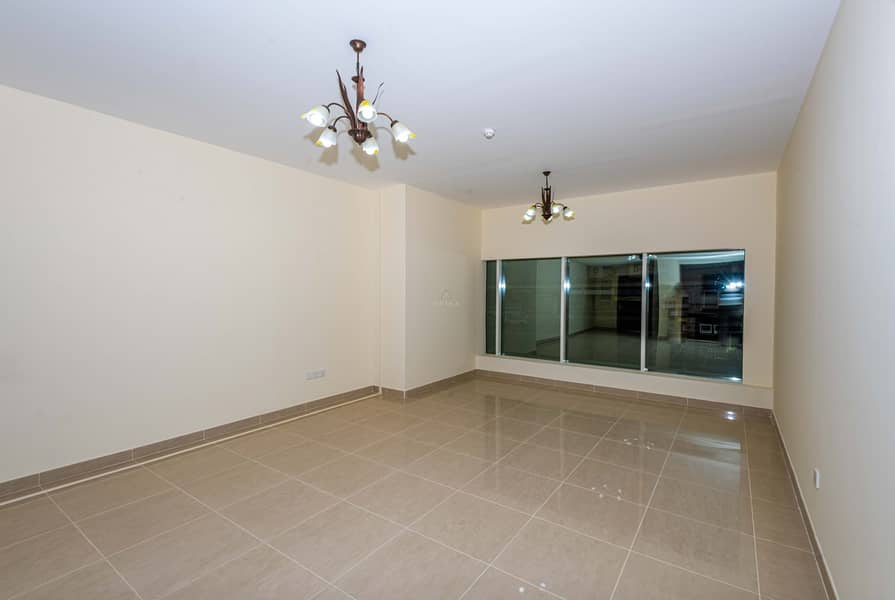 60 days Free|Bright Apartment | Easy access to SZR