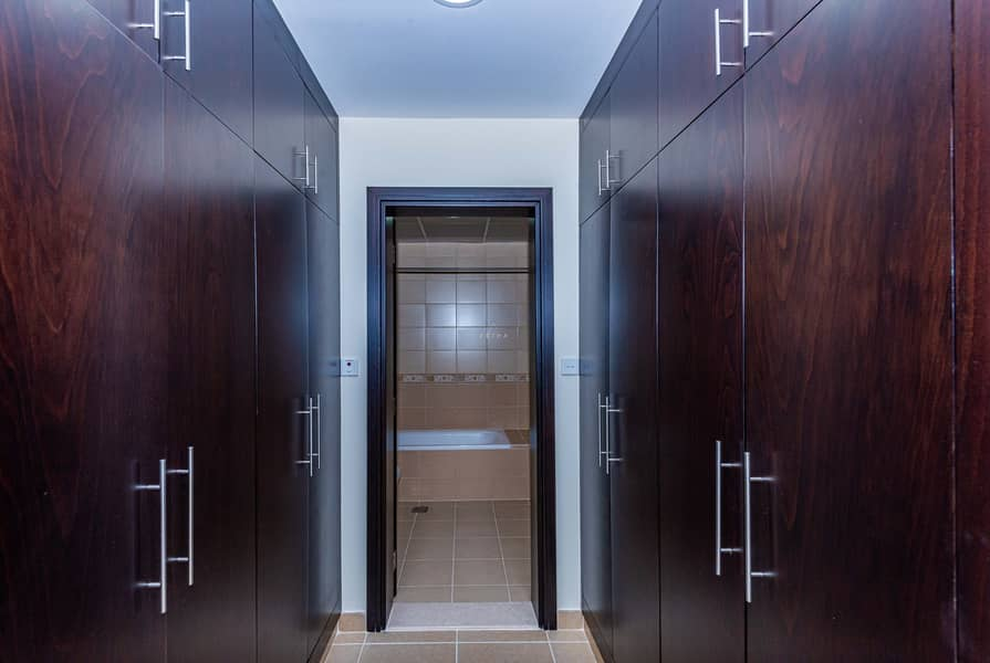 25 60 days Free|Bright Apartment | Easy access to SZR