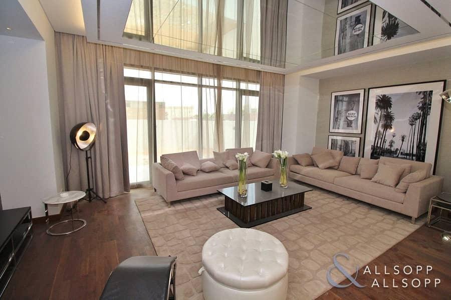 2 Vacant | Single Row | 3 Bedroom Paramount