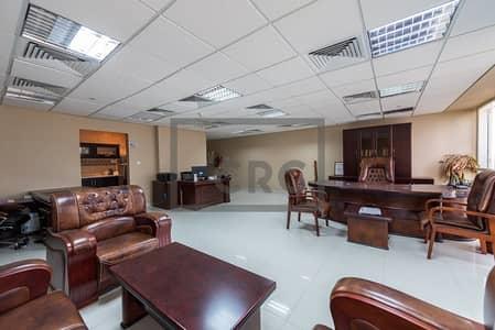 مکتب  للايجار في أبراج بحيرات الجميرا، دبي - Beautifully Furnished Office Near Metro in Cluster C - JLT