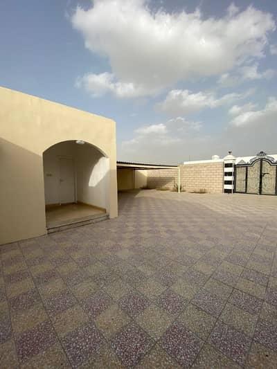 فیلا 6 غرف نوم للبيع في الخزامية، الشارقة - للبيع فيلا واسعة طابق واحد في الخزامية الشارقة 12000 قدم السعر 1.5 مليون قابل للتفاوض