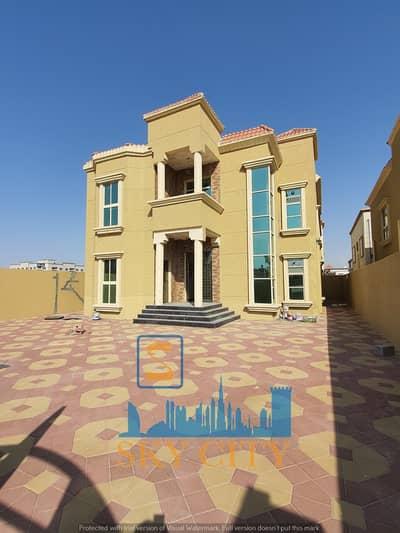 فیلا 5 غرف نوم للبيع في المويهات، عجمان - فيلا موقع متميز منطقة خدمات اقل من دقيقه علي شارع الشيخ محمد بن زايد