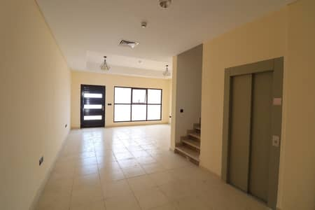 4 Bedroom Townhouse for Sale in Jumeirah Village Circle (JVC), Dubai - 4 Beds + Maids | Bigger Layout |All Ensuite