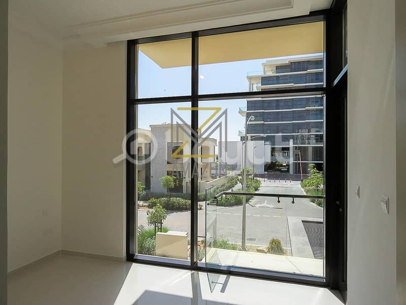 24 Ready to Move / Luxurious and Huge 4 Bedroom plus Maid Villa / - Trinity Damac Hills