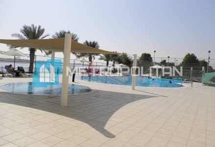 فیلا 4 غرف نوم للايجار في مدينة بوابة أبوظبي (اوفيسرز سيتي)، أبوظبي - 4BR Villa with Relaxing Environment! Available Now