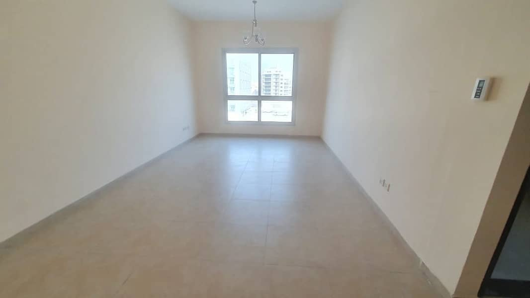2 Open View I Spacious Size 1 Bedroom apartment with Laundry area I Prime Location
