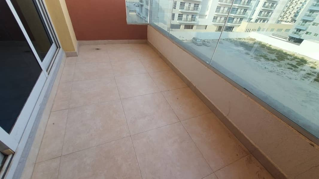 10 Open View I Spacious Size 1 Bedroom apartment with Laundry area I Prime Location