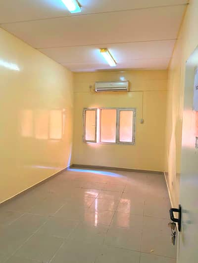 Labour Camp for Rent in Jebel Ali, Dubai - Labor Camp
