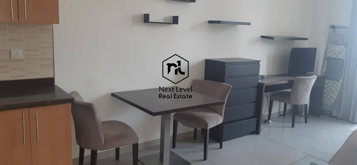 2 best deal furnished studio in Lincoln park B 1 to 6 cheques