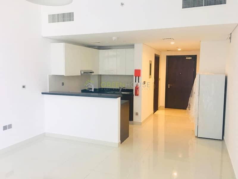 Impeccably Fine Designed Studios Apartment | Branded Appliances provided