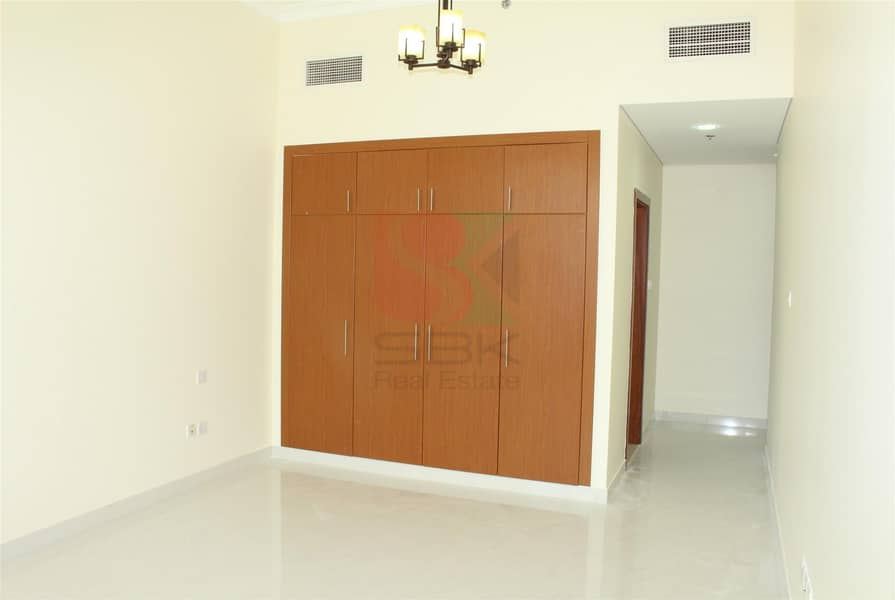 2 CHILLER FREE 2 BHK  WITH MAID ROOM  NEXT TO OUD METHA METRO
