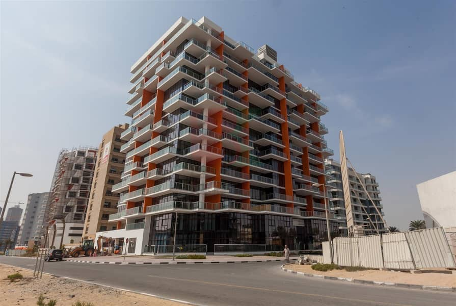 10 Spacious Studio Apartment Available in DSO