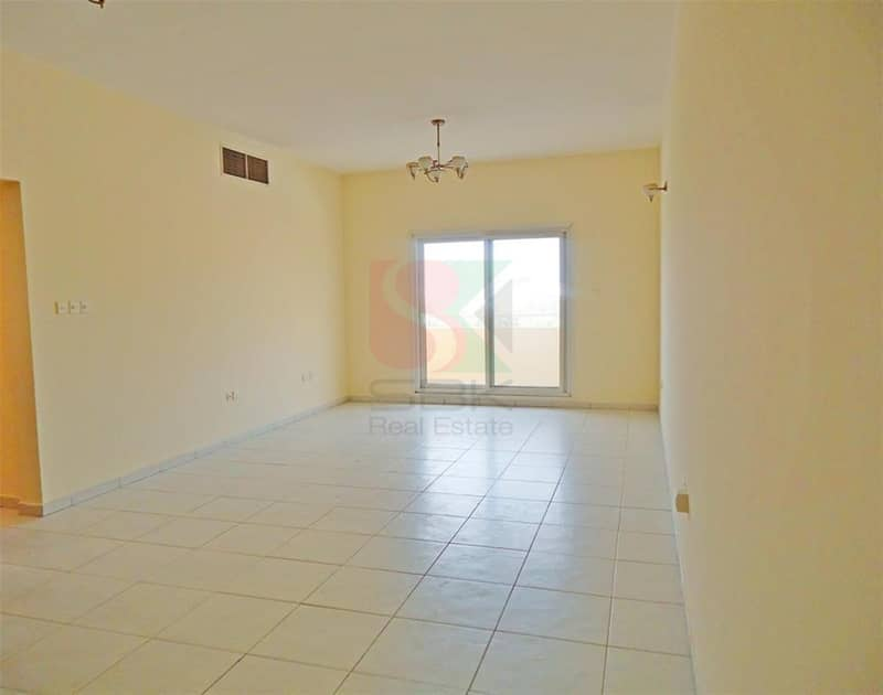 2 Chiller Free 3BR Offer Price Opp Oud Metha Metro