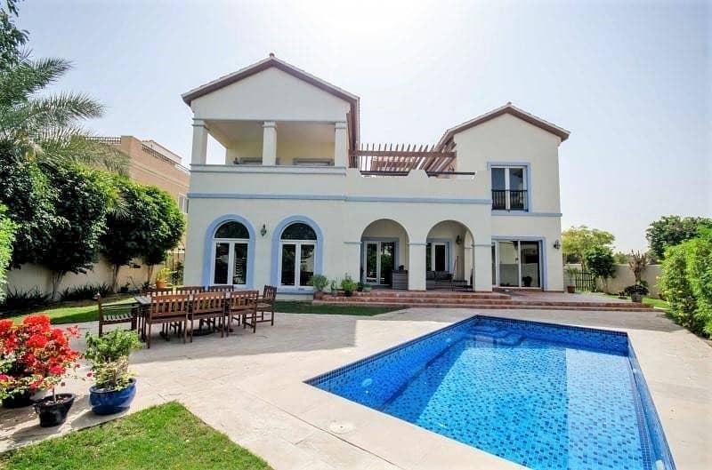 Great Location | Valencia Villa | Park View