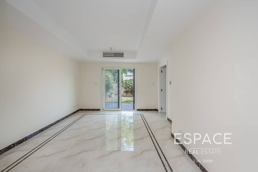 2 Upgraded Flooring | Landscaped Garden