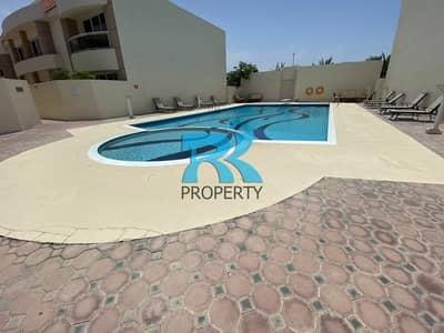 4 Bedroom Villa for Rent in Jumeirah, Dubai - Spacious 4-Bedroom Villa with Sharing Pool