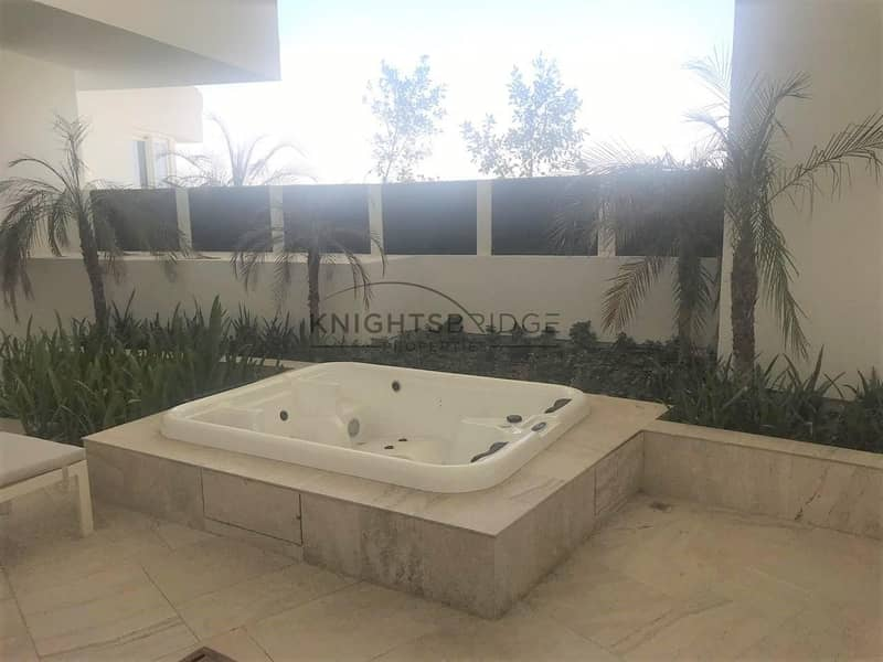 2 30% off for Iconic Five Hotel Apartment with Jacuzzi