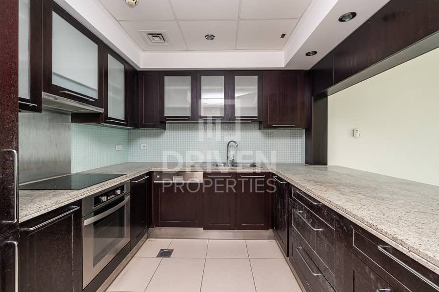 12 Exclusive 1 Bed Vacant