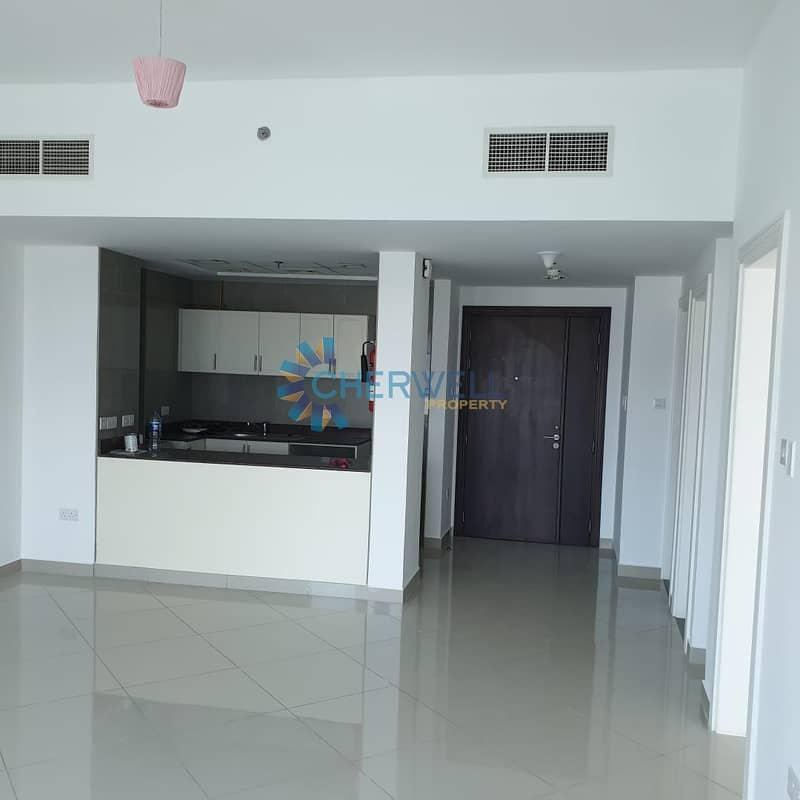 2 Sea View | Luxurious 1 BR Apartment With Balcony