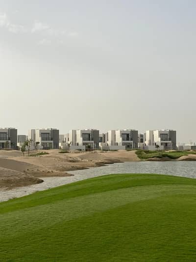 3 Bedroom Villa for Sale in Dubai South, Dubai - Indpendent Golf course villa|3 Years payment plan