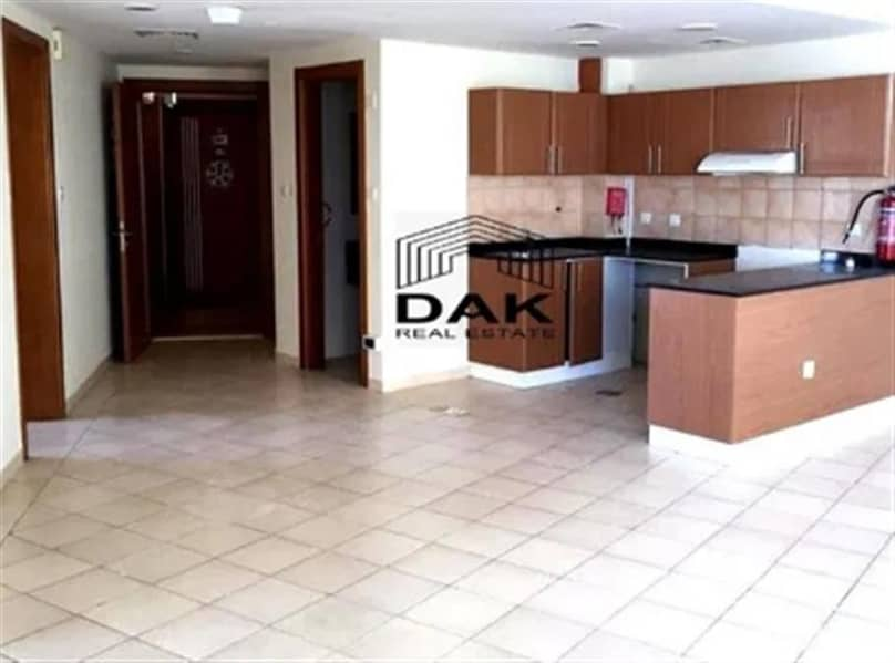 2 Spacious 2 BHK   Balcony   Great View