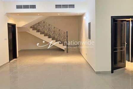 فیلا 5 غرف نوم للايجار في مدينة خليفة أ، أبوظبي - Huge 5 BR Villa in A Compound w/ Roof Terrace