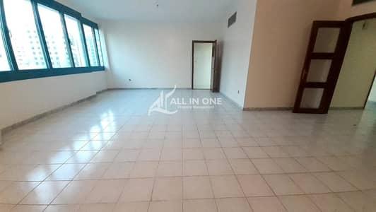 شقة 3 غرف نوم للايجار في منطقة النادي السياحي، أبوظبي - Extraordinary Big 3BR + Maids Room I Balcony