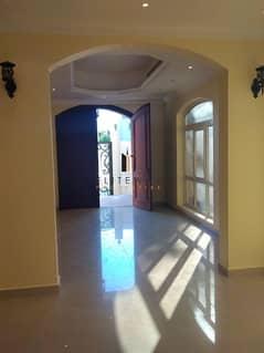luxury villa for rent in Al Mushrif