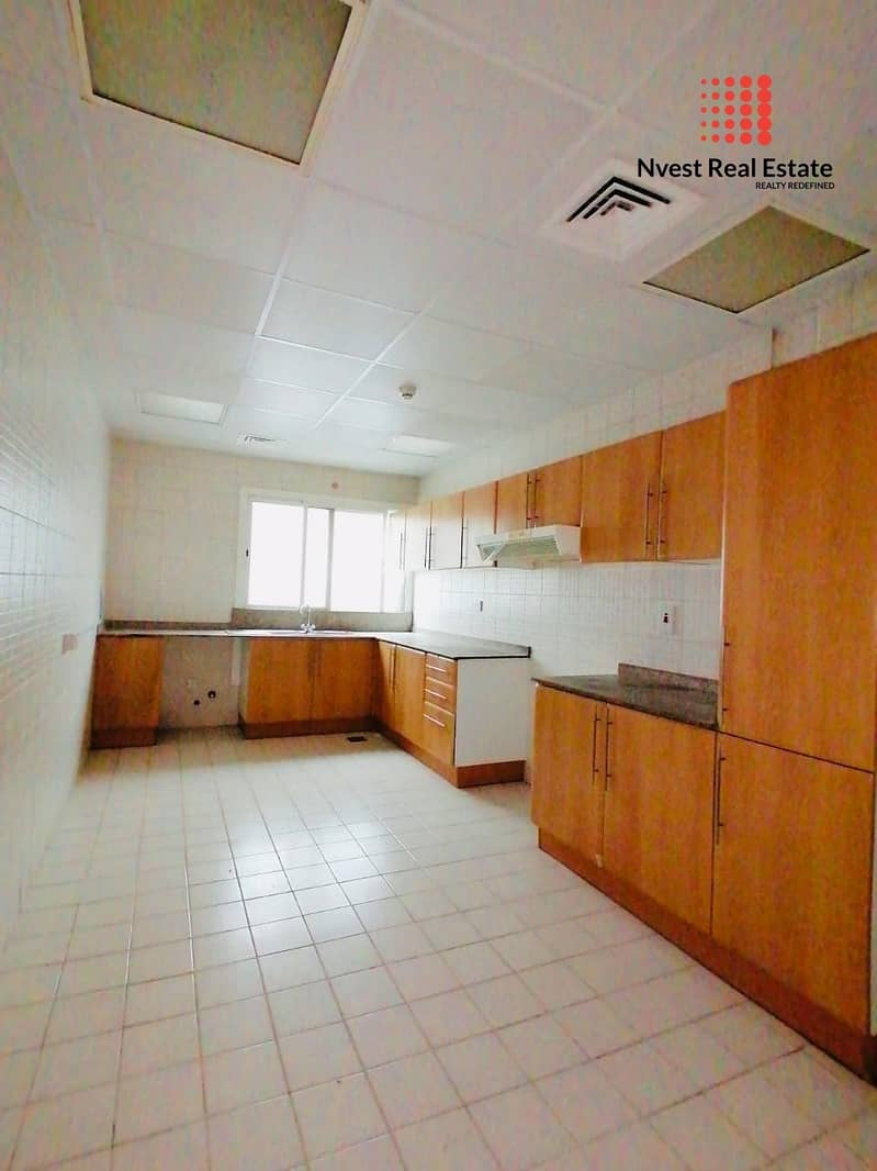 15 Huge 3bhk For Family | Hudaiba | With storage area