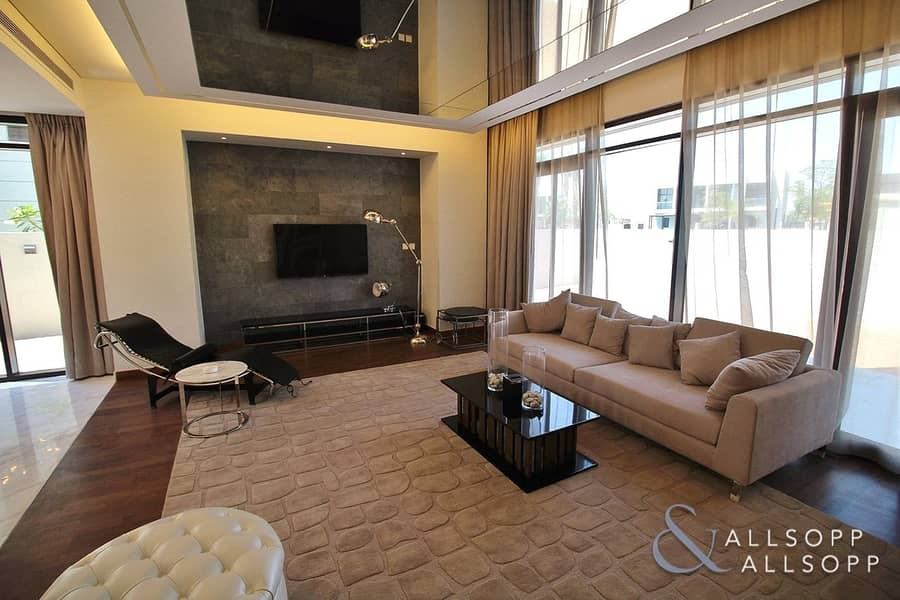 2 October | Exclusive | 3 Beds | Furnished