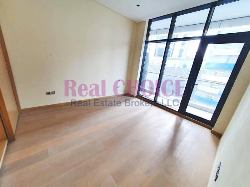 2 Spacious & Brand New 1BR Deluxe Living in Downtown