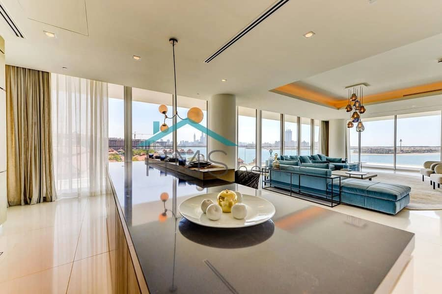 2 High Floor Penthouse with Incredible 360 Views