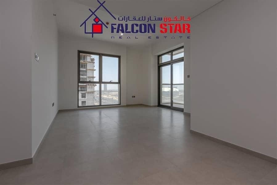 Spacious 2 Bed Apt Premium Apt  Best Layout With Balcony  White Goods