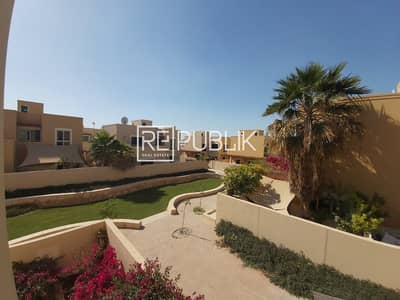 5 Bedroom Villa for Rent in Al Raha Gardens, Abu Dhabi - Fantastic 5 Bed Villa with Private Pool and Garden