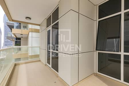 2 Bedroom Flat for Rent in Downtown Dubai, Dubai - Amazing Unit with Maids room on High Floor