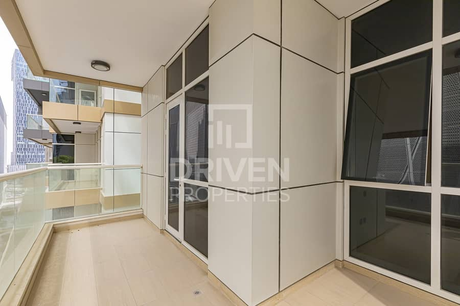 Amazing Unit with Maids room on High Floor